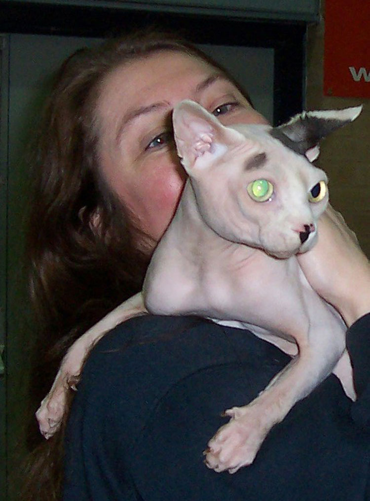 Jennifer Briggs with one of the Sphynx she brought to the Seminar