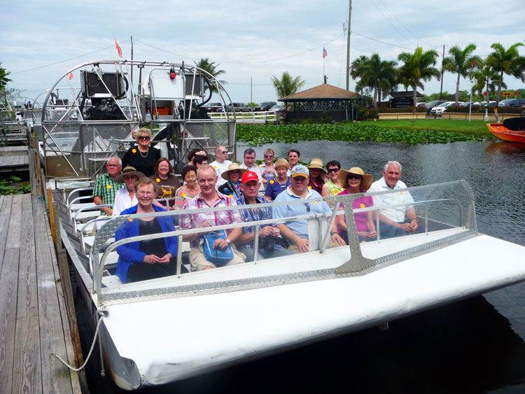World Cat Congress delegates and hosts on Everglades trip
